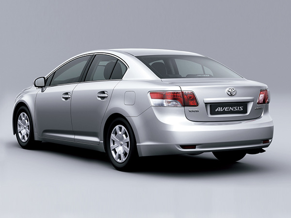Toyota Avensis car hire (back view) from  Val & Kar Rent a car