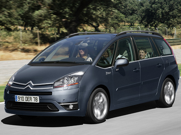 Citroen C4 Picaso car hire (on the road) from  Val & Kar Rent a car