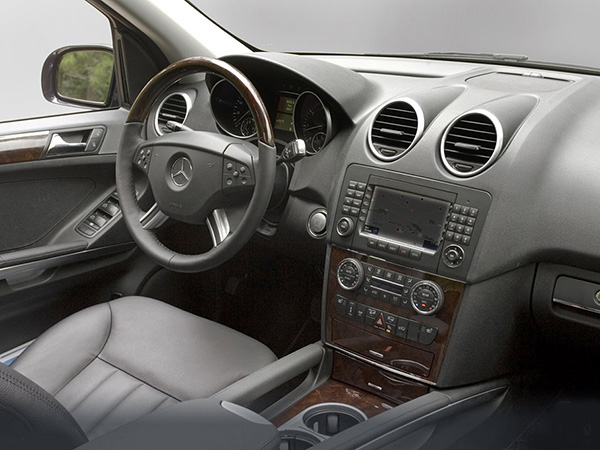 Mercedes ML320 car hire (inside view) from  Val & Kar Rent a car