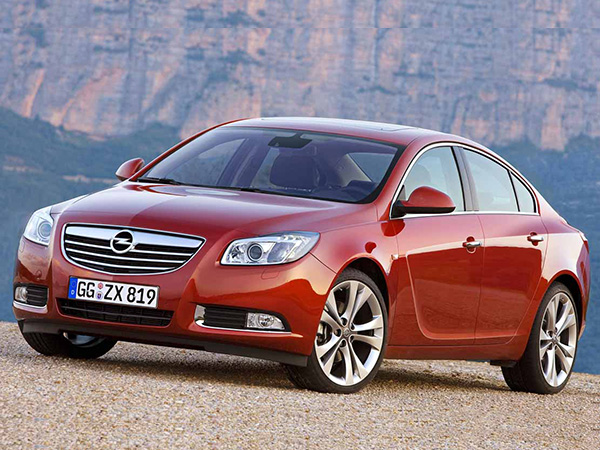 Opel Insignia car hire (front) from  Val & Kar Rent a car