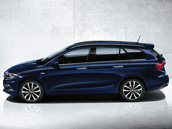 Fiat Tipo под наем (скорост) от Вал и Кар Рент А Кар