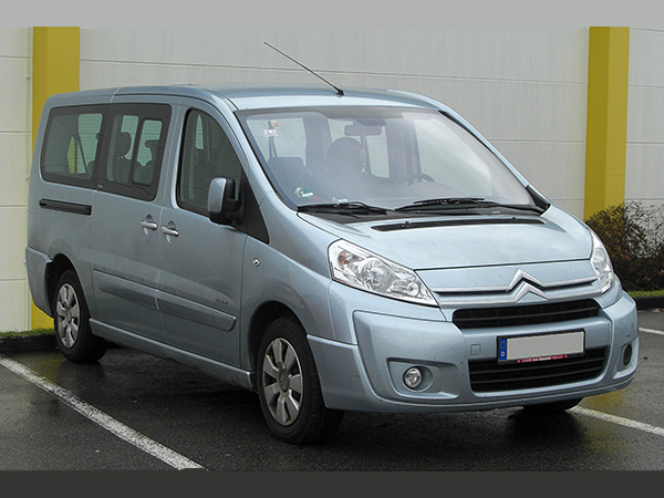 Citroen Jumpy (8+1) car hire (base view) from  Val & Kar Rent a car
